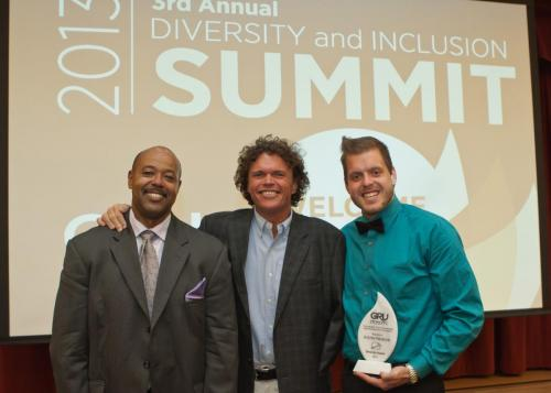 2013-GRU-DiversitySummit Guller KGuion Award